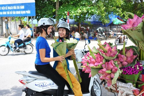 Hanoi Night Tour by Scooter