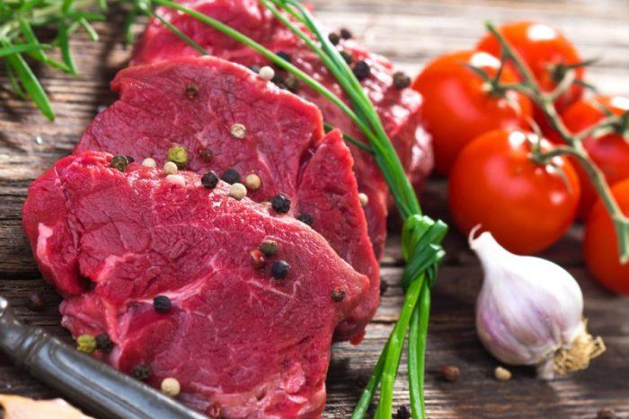 biologisch vlees van een salaris