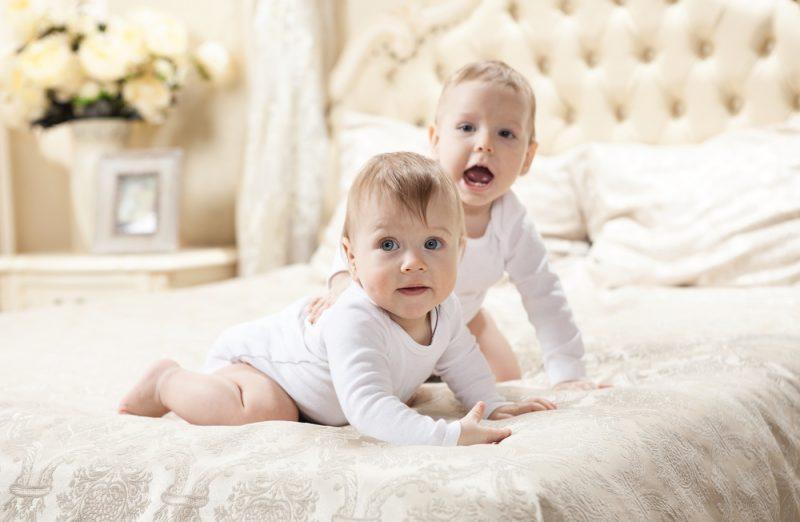 Hoe bereid je een baby voor op een broertje of zusje?