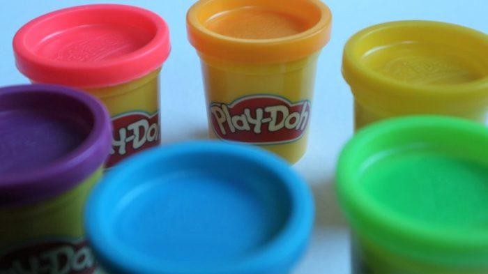 review play-doh spelen en leren structuren en gereedschap