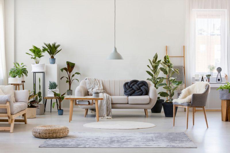 kleine woonkamer inrichten meer ruimte