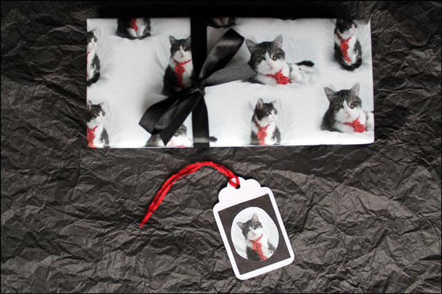 handmade-gift-wrap-and-tag