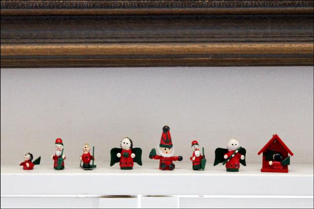 tiny-wooden-ornaments