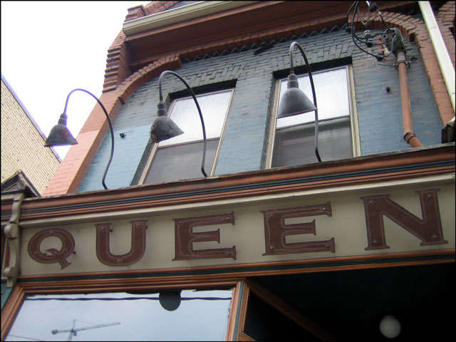 queen-mother-cafe-part-1