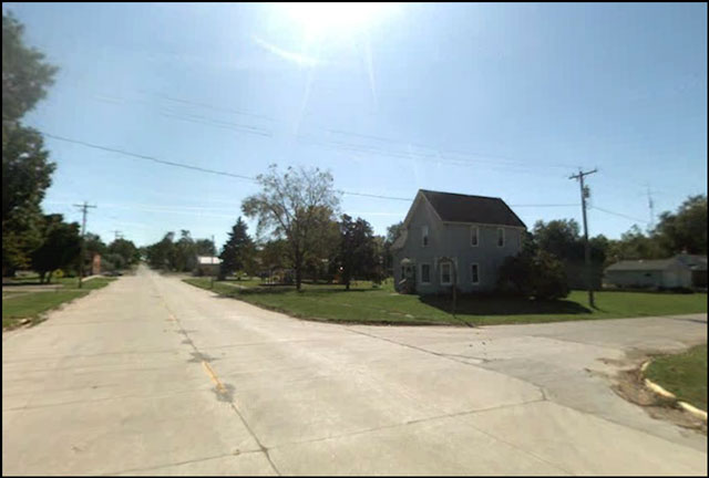 farm-country-in-iowa-from-googlemaps