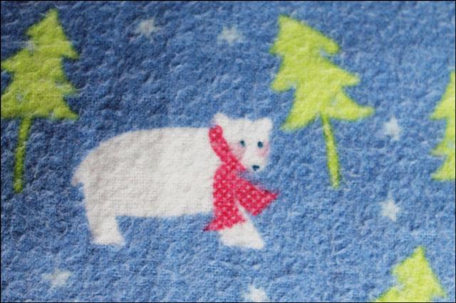 polar-bear-print-on-pajamas