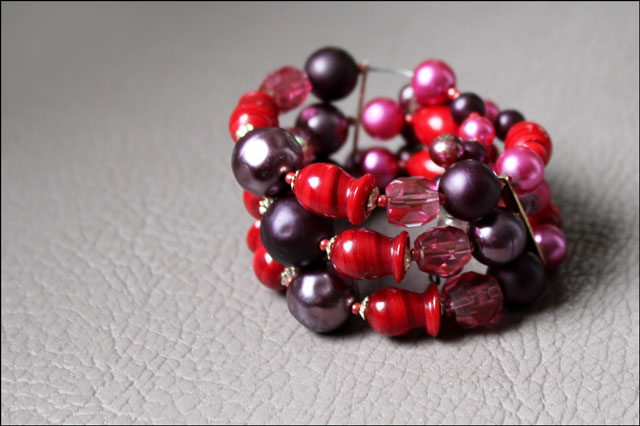 vintage-glass-bead-bracelet