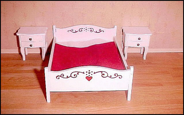 bed-with-heart-and-side-tab
