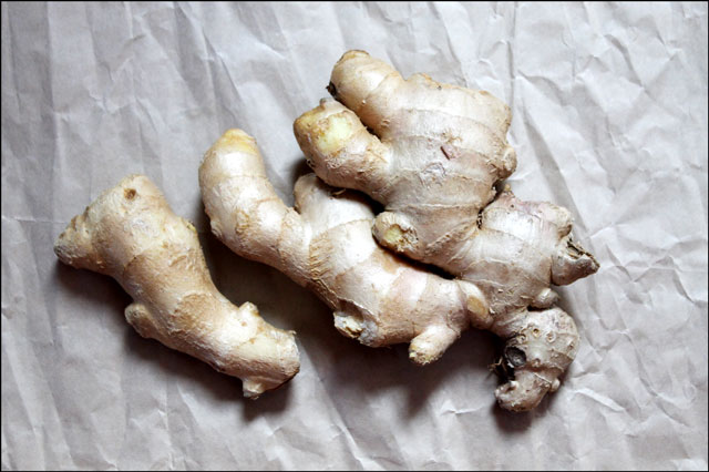 fresh-ginger-root-one-pound