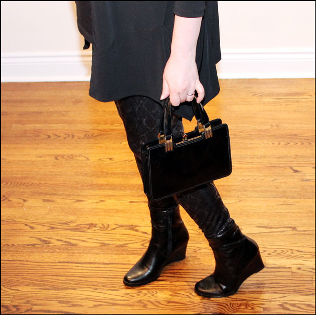 purse-and-boots-details