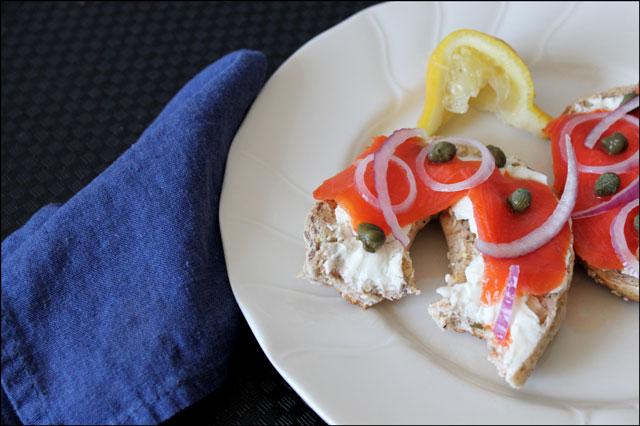 smoked-salmon-sandwich-02