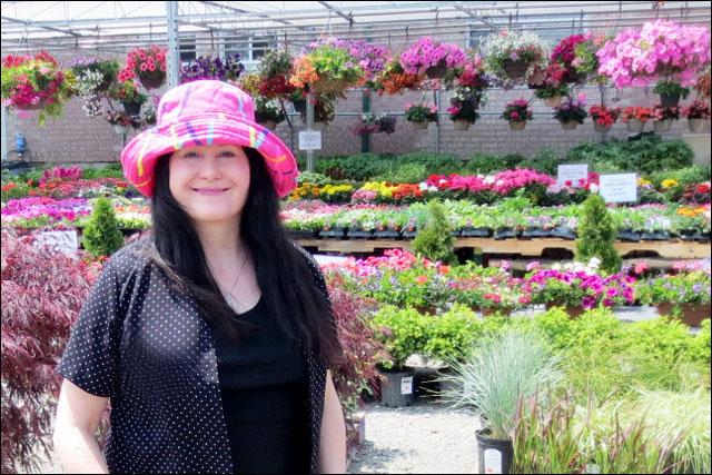 at-garden-centre