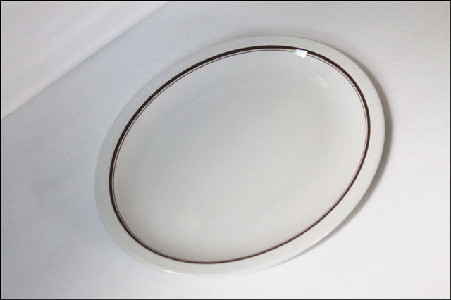 thrifted-duraline-oval-plat