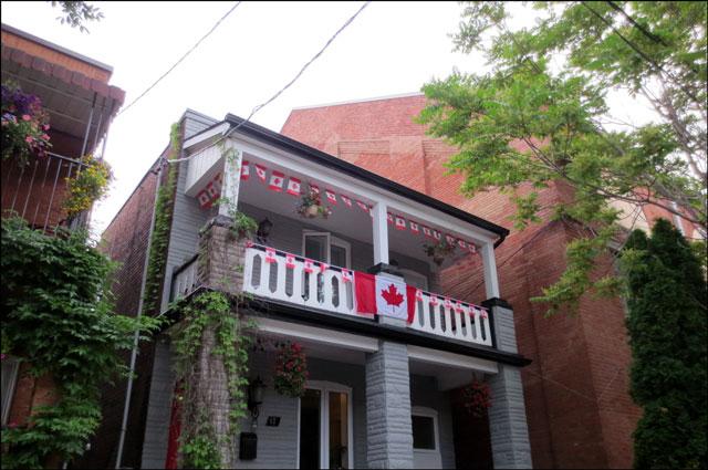 patriotic-house