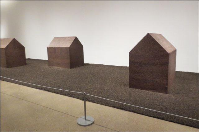 ai-weiwei-sculpture-ago