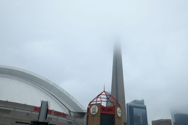 foggy-toronto-cn-tower