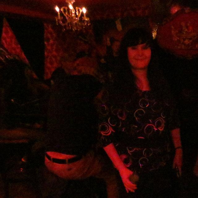at-red-nightclub-01