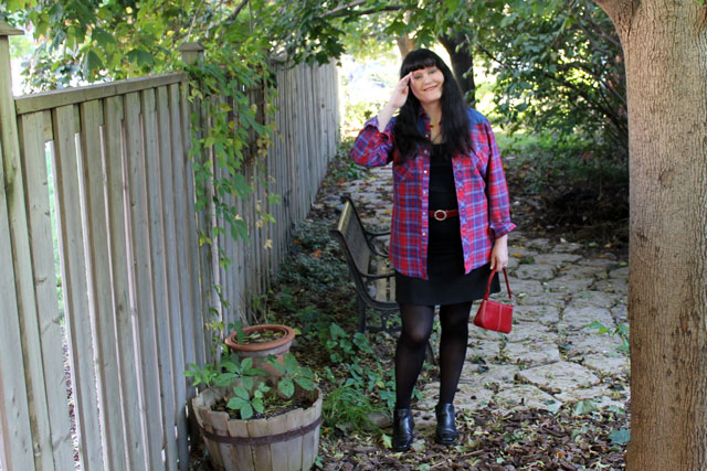 vintage-plaid-shirt-outfit-2