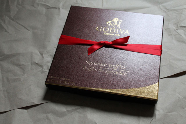 box-of-godiva-signature-truffles