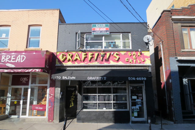 graffitis-bar-kensington-market