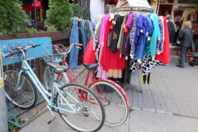 kensington-market-bikes-and-clothes