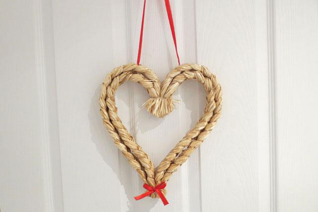 straw-heart-at-fika
