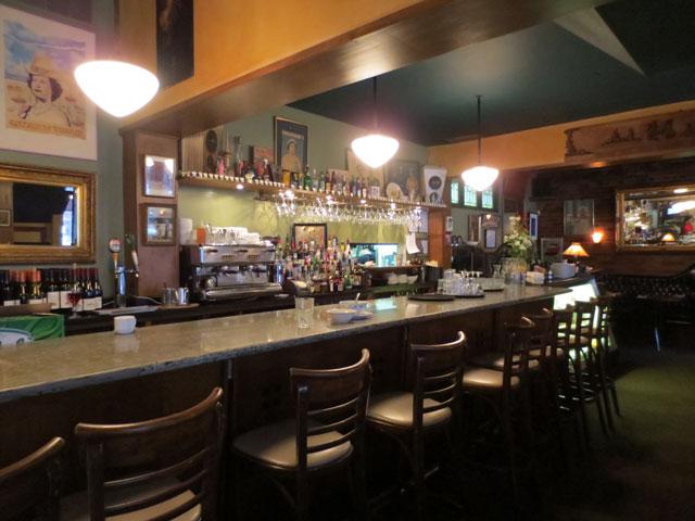 queen-mother-cafe-bar
