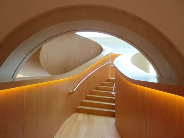entrance-frank-gehry-staircase-ago