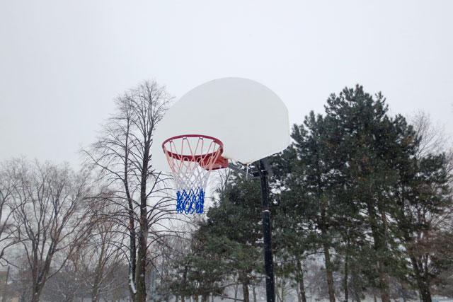 Winter-Basketball-Hoop