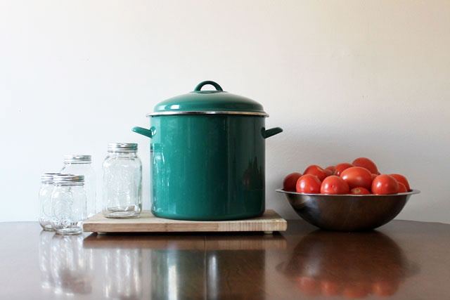 large-pot-for-tomato-canning