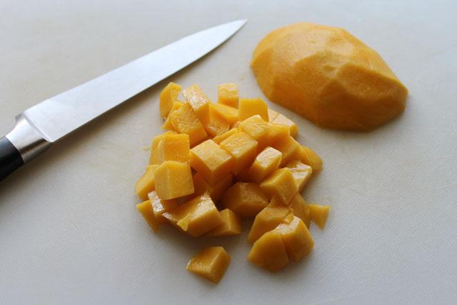 cubed-mango-for-quinoa-salad