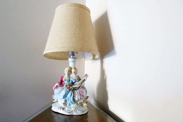 vintage-ceramic-lamp