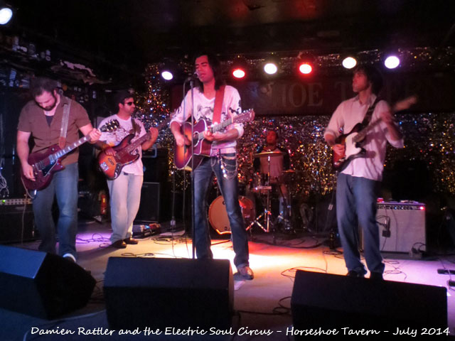 damien-rattler-and-the-electric-soul-circus-the-horsehoe-july-2014-02