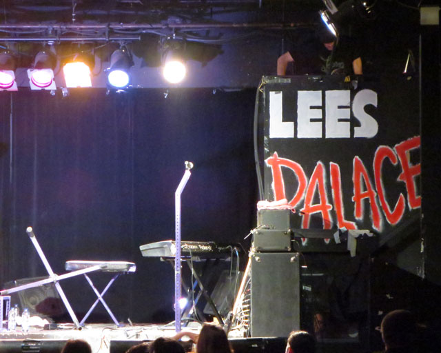 lees-palace-stage