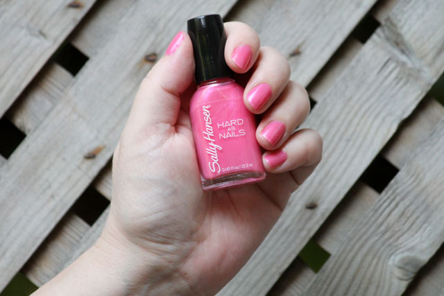 sally-hansen-hard-as-nails-tough-chick-240-nail-polish