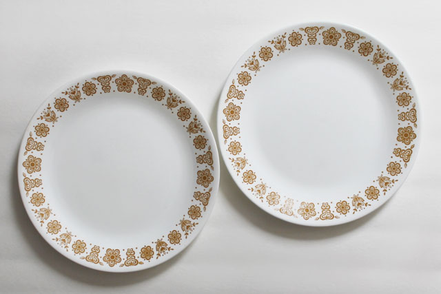 thrifted-vintage-corelle-dinner-plates-butterfly-gold