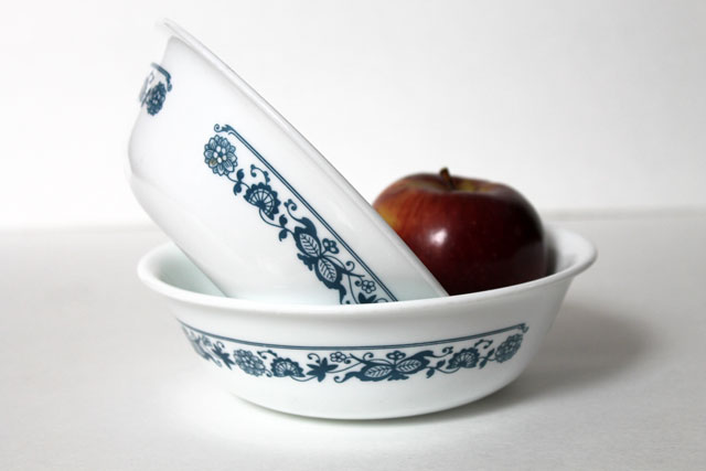 thrifted-vintage-corelle-old-town-blue-cereal-bowls