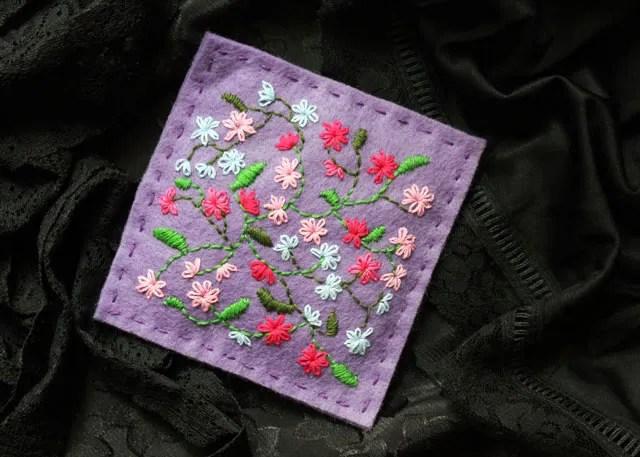 hand-embroidery-on-felt-making-a-lavender-sachet