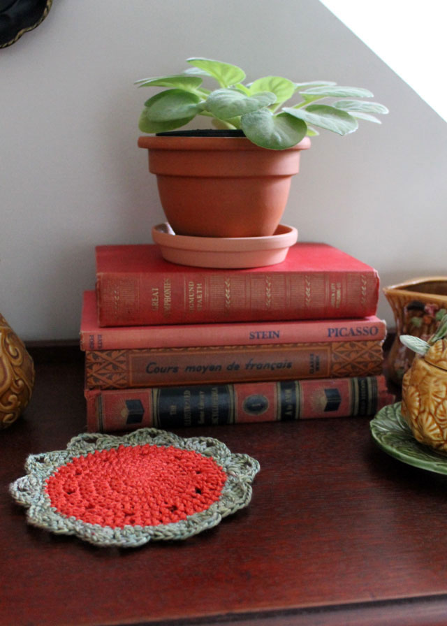 decorating-for-fall-with-crochet-03