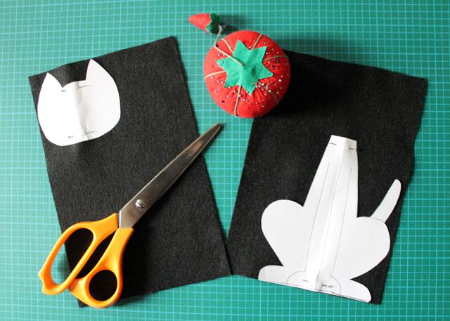making-felt-cat-plush-toy