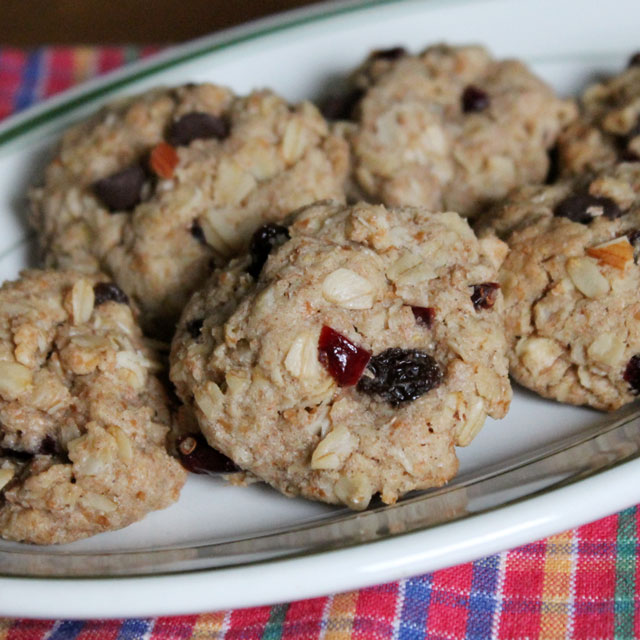 healthier-cookies-oatmeal-fruit-nut-and-chocolate-chips-coconut-oil