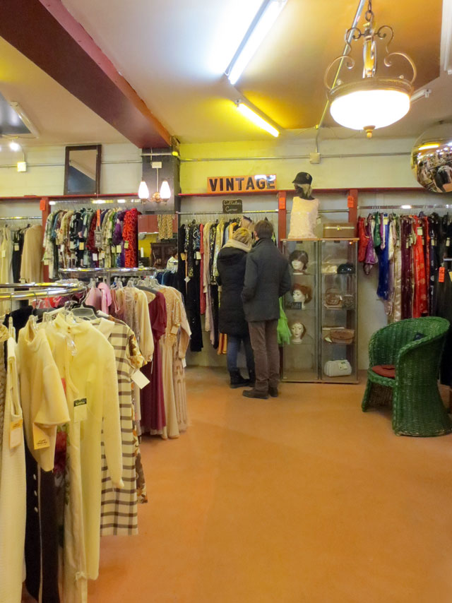 tribal-rhythm-vintage-and-accessories-shop-on-queen-street-west-toronto