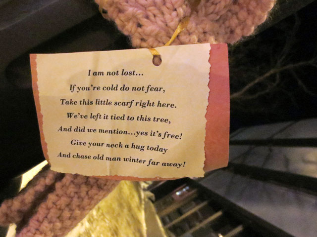 knitted-scarf-tied-to-a-tree-given-away-for-free