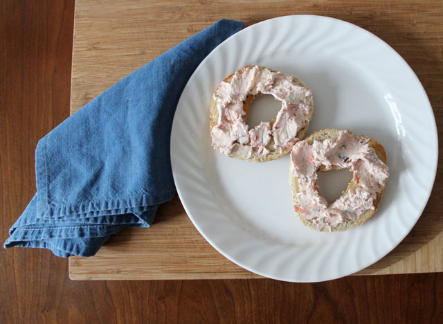 montreal-bagel-with-homemade-smoked-salmon-and-cream-cheese-spread