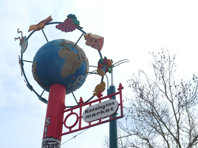globe-sculpture-sign-kensington-market-toronto
