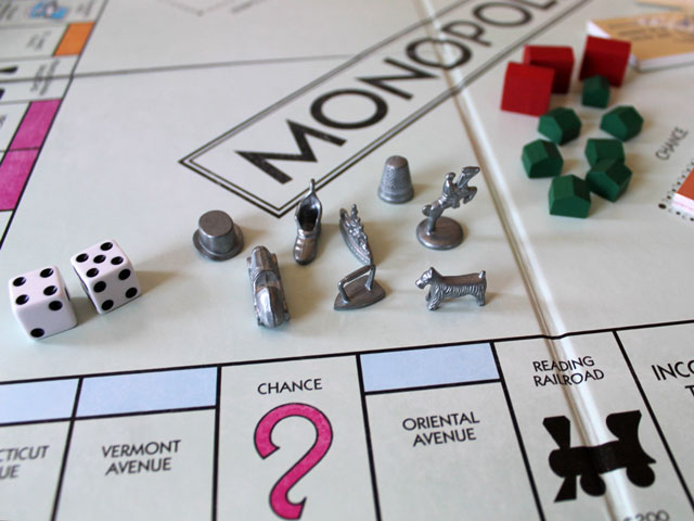 monopoly-nostalgia-edition-playing-pieces