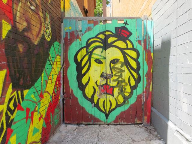 street-art-in-kensington