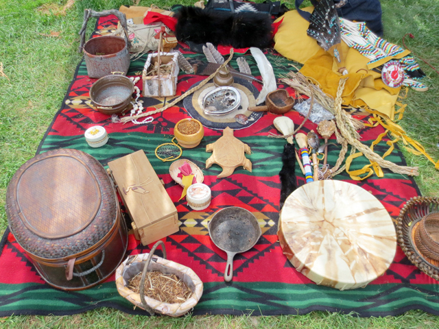 at-aboriginal-pavilion-fort-york-toronto-july-2015