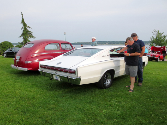 at-barrie-car-show-summer-2015