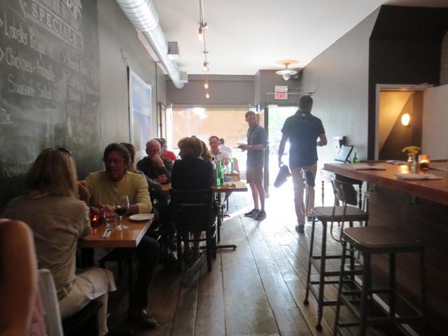 inside-hopgoods-foodliner-on-roncesvalles-avenue-toronto